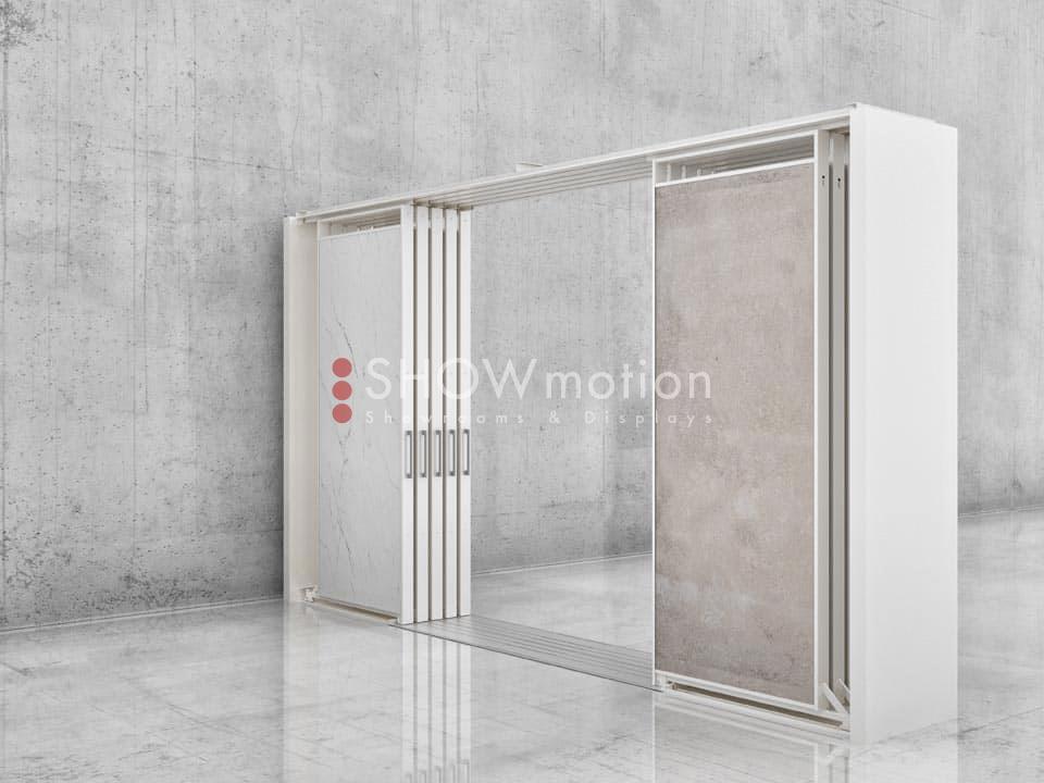 ShowMotion_PONTE 10_espositore centro sala bifacciale
