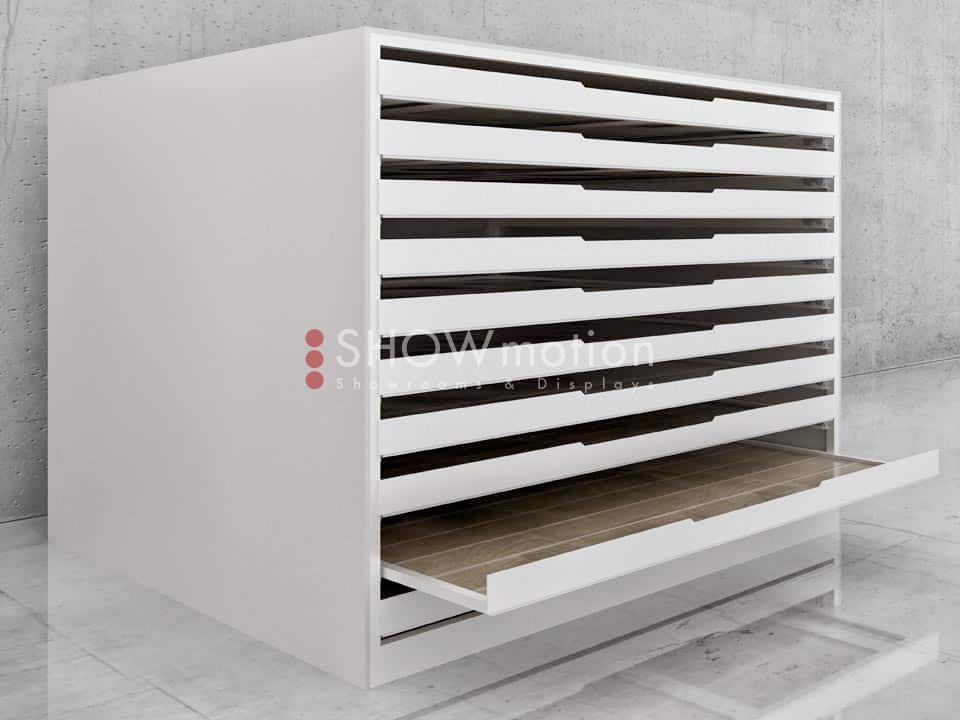 Schwerlast Schubladenschrank für schwere Mustertafeln mit offener Schublade - Showmotion